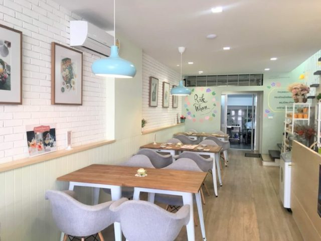Rak Whan Thai Dessert Cafe